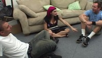 Sex anal si futai in pizda cu o distrusa bruneta si 2 puloci