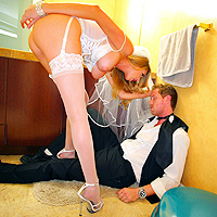 Pizda unei blonde este loc de bagat pula sculata