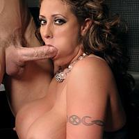 Sex nebun cu fata cu tate mari de la meteo