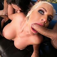 Curva blonda cu tate mari face sex anal cu 2 barbati